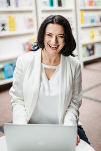 Lucyna Malik wirtualna asystentka